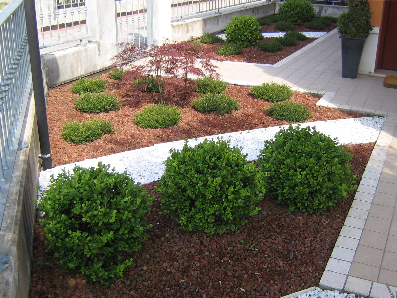 giardino senza erba